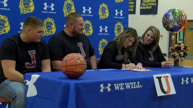 Ilycia Guerue will play basketball and become a student athlete at NAIA University of Jamestown...