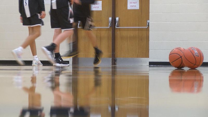 Several local teams pick up wins on Tuesday in high school basketball.