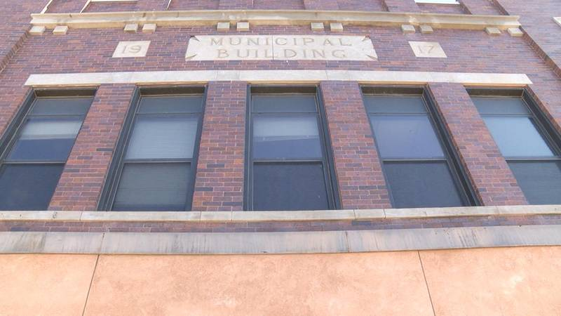 Chadron selects a new city manager.